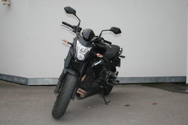 Kawasaki ER6N offen